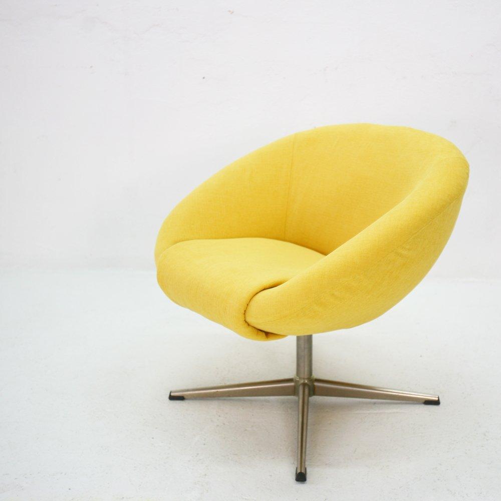 gelber lounge stuhl 1970er bei pamono kaufen. Black Bedroom Furniture Sets. Home Design Ideas