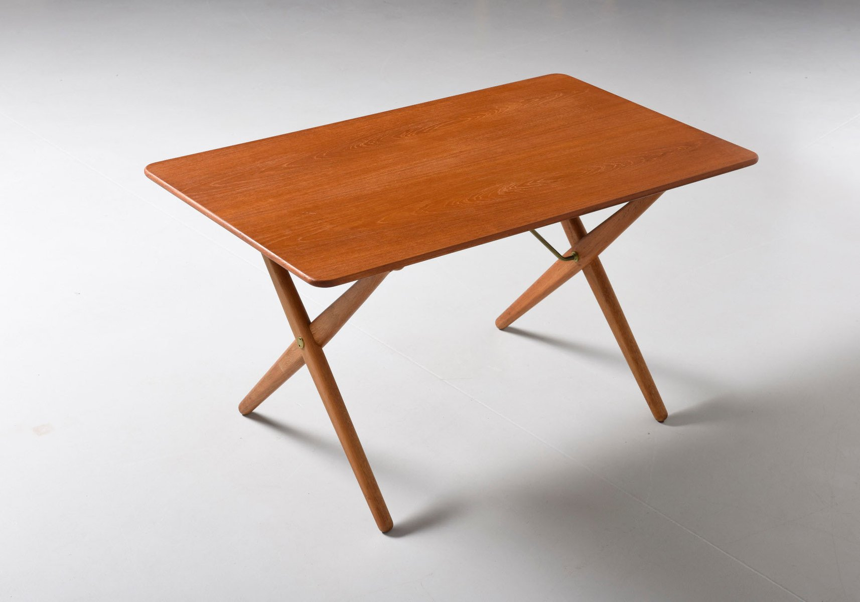At308 Cross Legged Coffee Table By Hans J Wegner For Andreas Tuck For Sale At Pamono