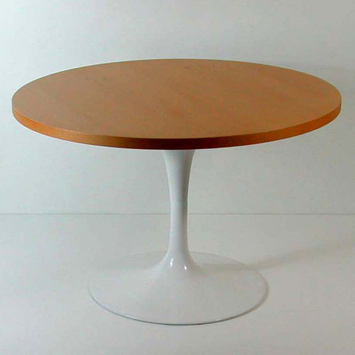 Tulip Base Lazy Susan Coffee Table By Eero Saarinen For Knoll For Sale At Pamono