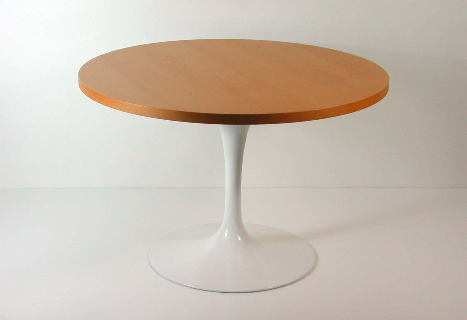 Tulip Base Lazy Susan Coffee Table By Eero Saarinen For Knoll For Sale