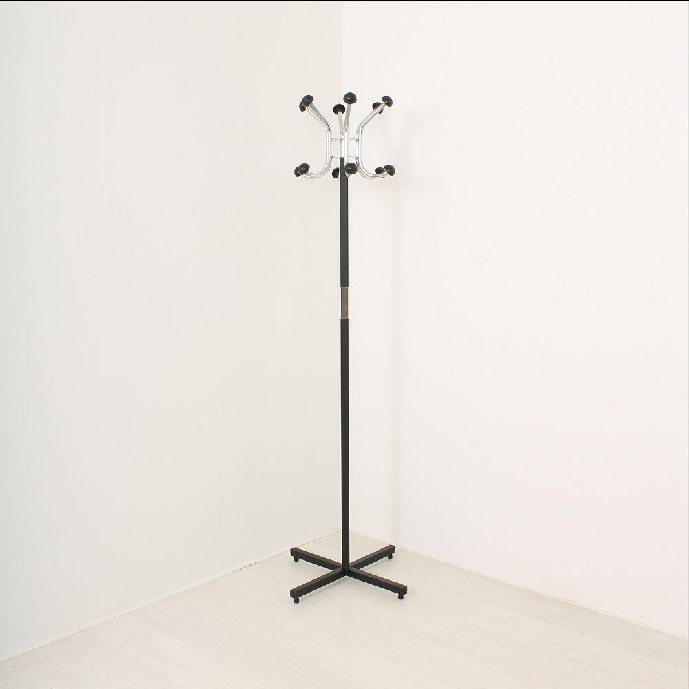 kleiderst nder aus verchromten metall 1970er bei pamono. Black Bedroom Furniture Sets. Home Design Ideas