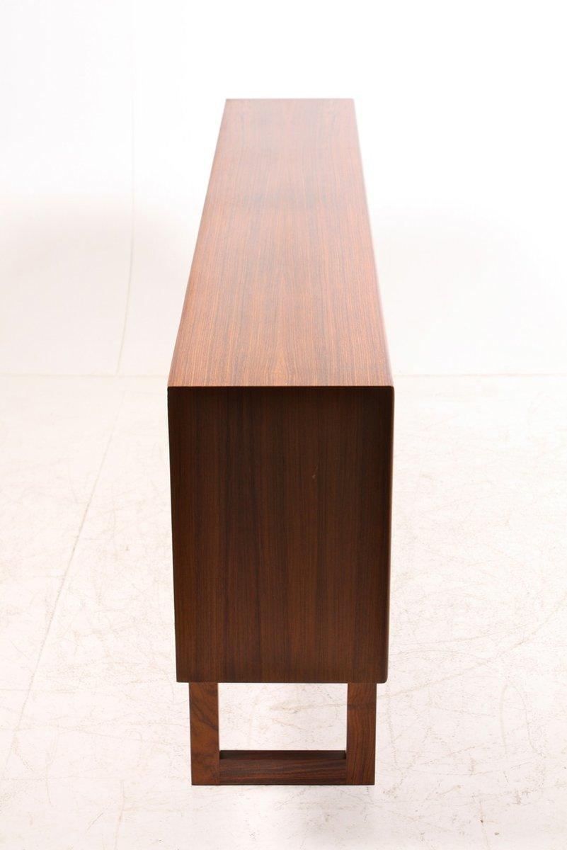 niedriges palisander sideboard mit glast ren bei pamono kaufen. Black Bedroom Furniture Sets. Home Design Ideas