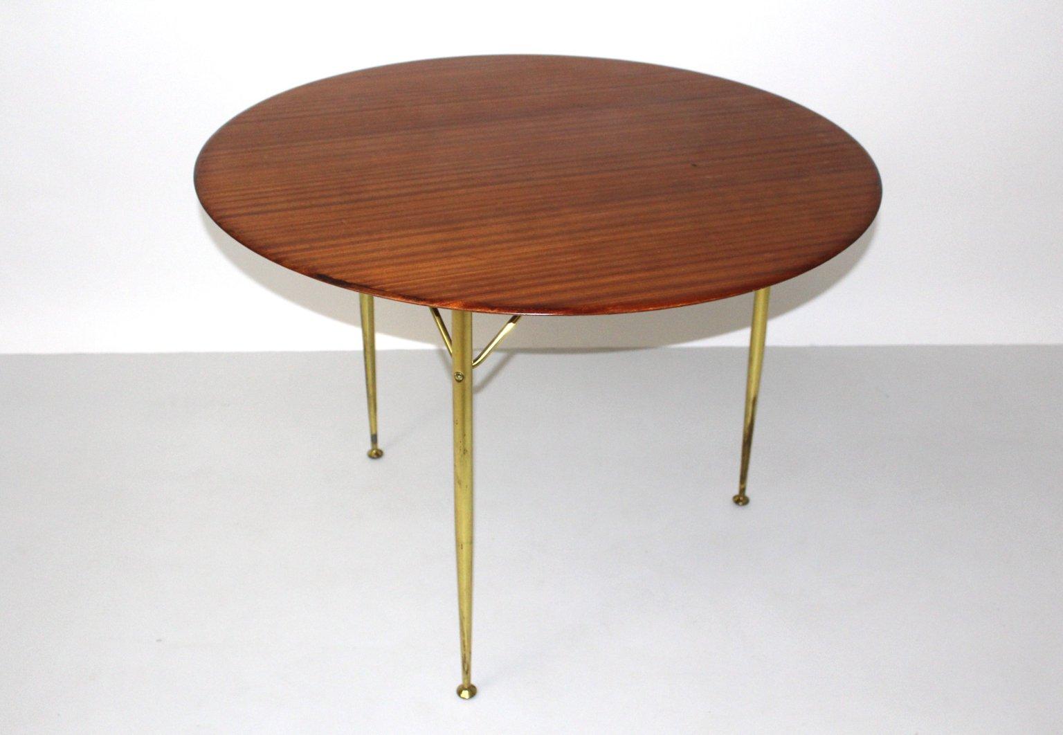 d nischer tisch mit dreifu von arne jacobsen f r fritz. Black Bedroom Furniture Sets. Home Design Ideas