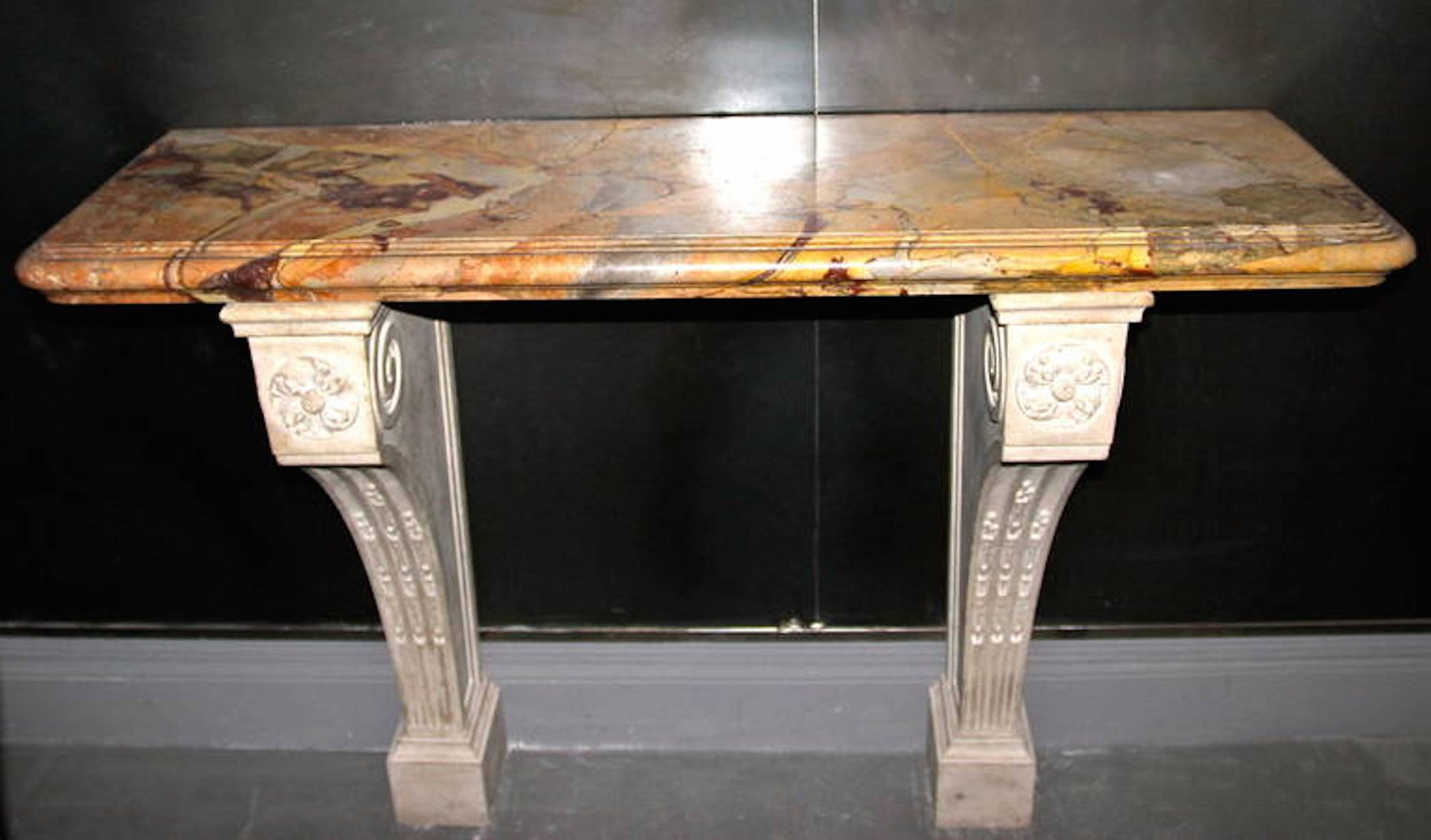 table console antique en marbre sarrancolin set de 2 en vente sur pamono. Black Bedroom Furniture Sets. Home Design Ideas