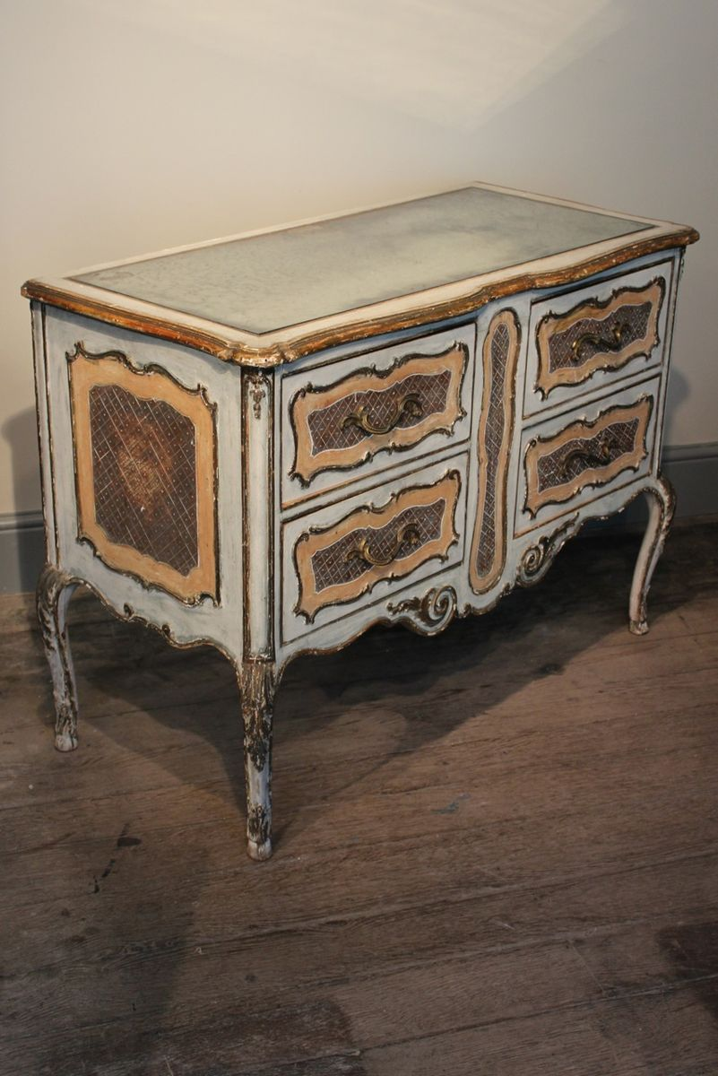 vintage mirror top italian commode for sale at pamono. Black Bedroom Furniture Sets. Home Design Ideas