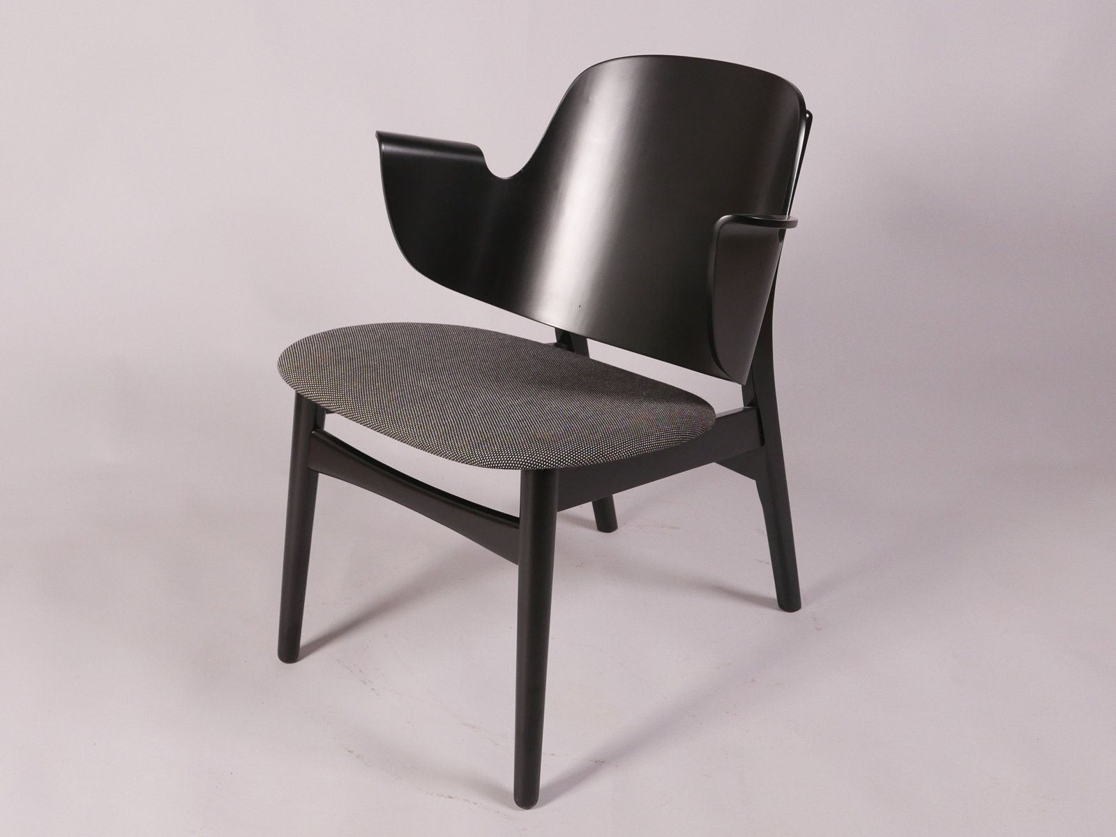 Vintage Model 107 Armchair By Hans Olsen For Bramin