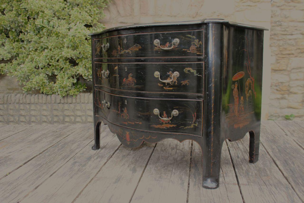 Antike kommode mit orientalischer malerei bei pamono kaufen for Antike kommode