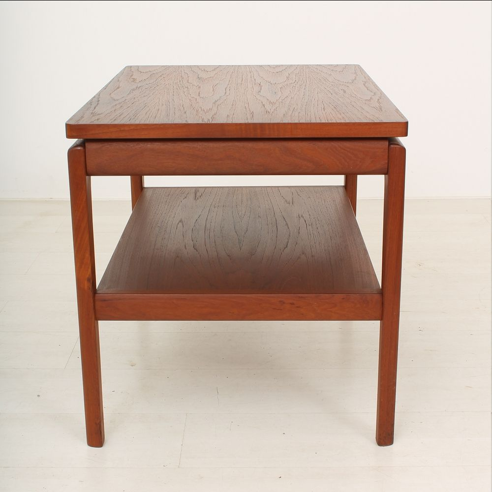 Vintage two tier teak danish coffee table for sale at pamono for Tinning table model