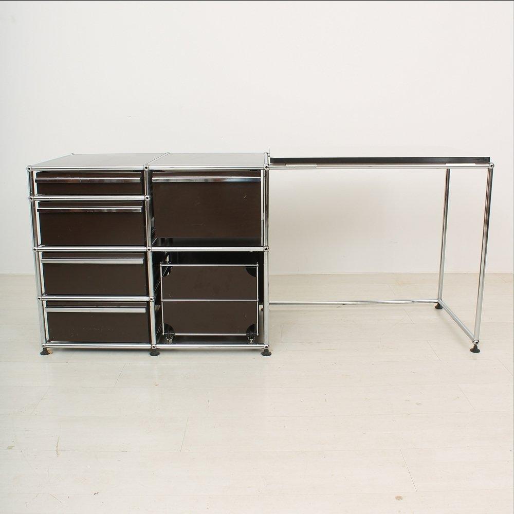 schreibtisch aus metall kunststoff von usm haller bei. Black Bedroom Furniture Sets. Home Design Ideas