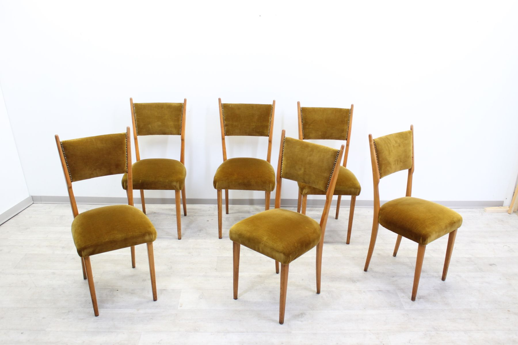 italienische mid century eichenholz esszimmerst hle 6er. Black Bedroom Furniture Sets. Home Design Ideas