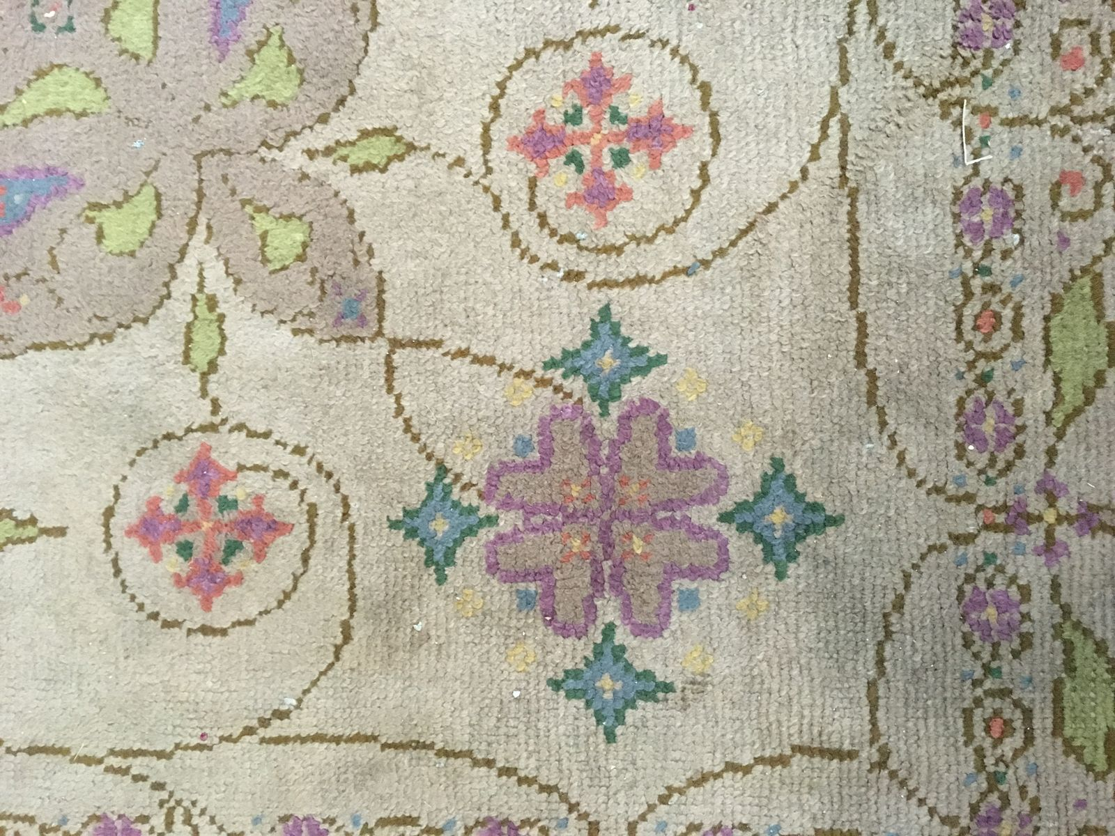 art nouveau hand knotted carpet with floral design for. Black Bedroom Furniture Sets. Home Design Ideas
