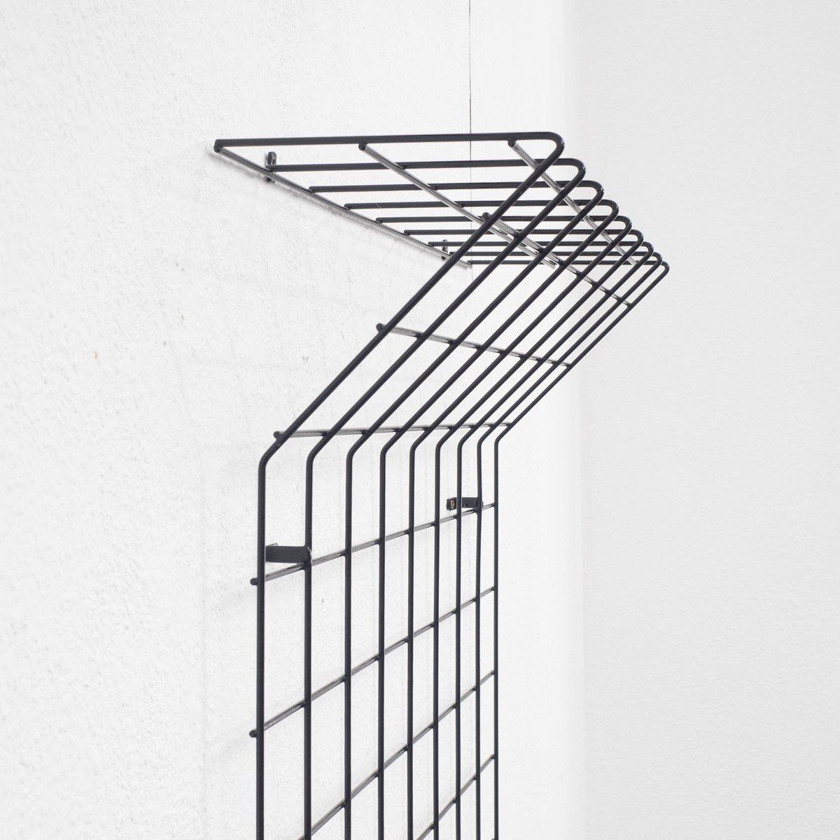 garderobe mit hutablage aus metalldraht 1960er bei pamono. Black Bedroom Furniture Sets. Home Design Ideas