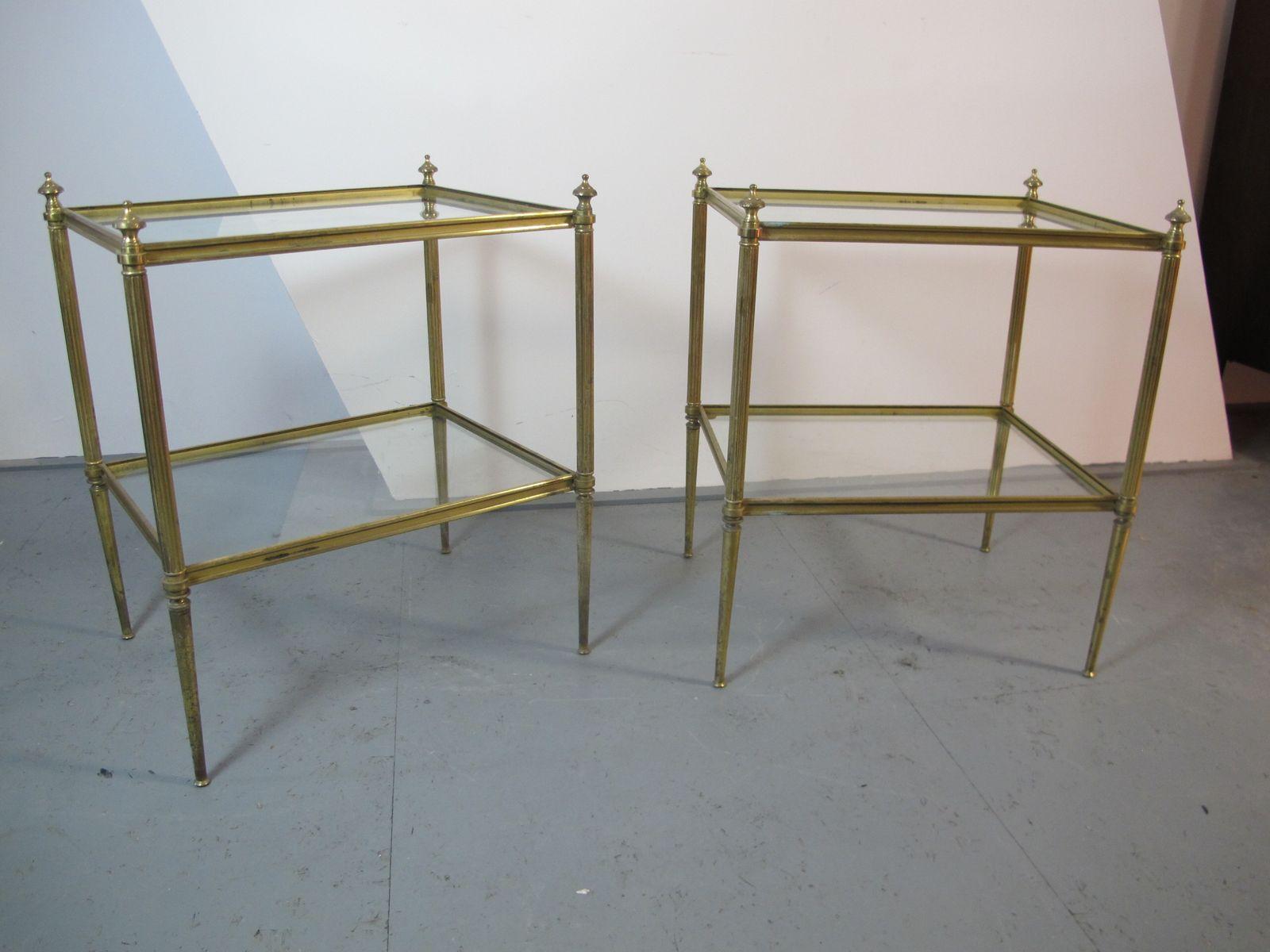 beistelltisch aus messing glas im hollywood regency stil von maison jansen bei pamono kaufen. Black Bedroom Furniture Sets. Home Design Ideas