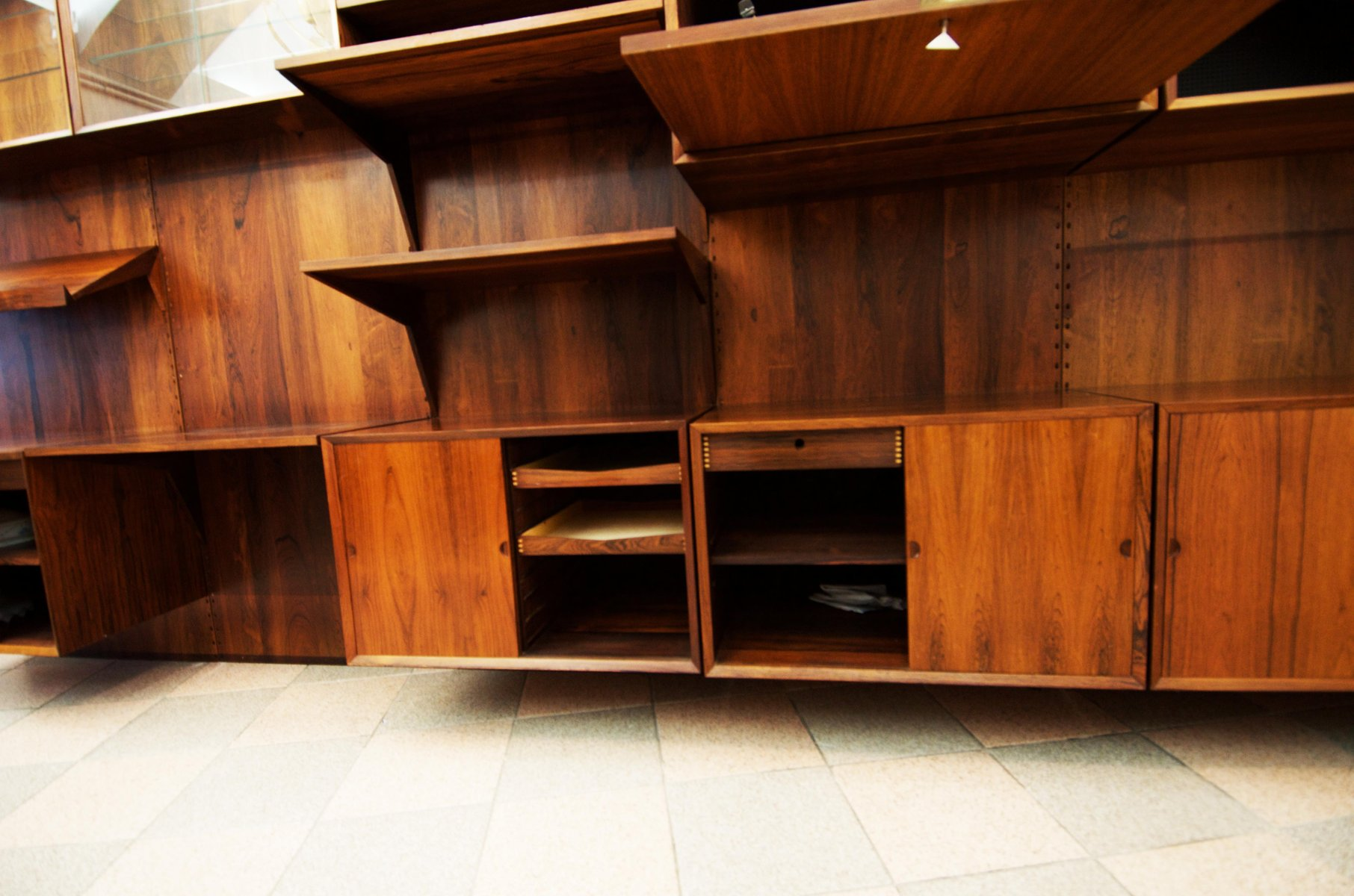 rio rosewood shelving system by poul cadovius
