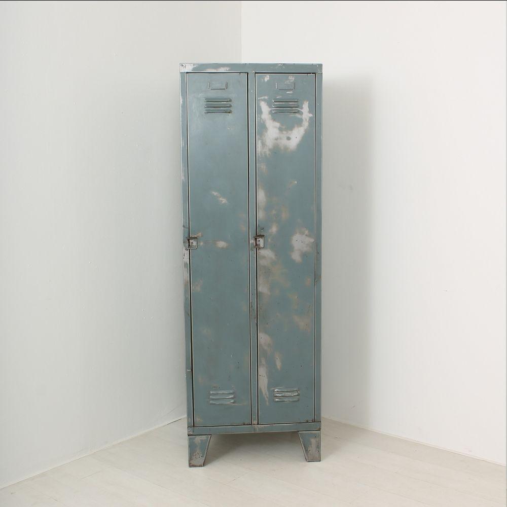 vestiaire vintage industriel en m tal en vente sur pamono. Black Bedroom Furniture Sets. Home Design Ideas