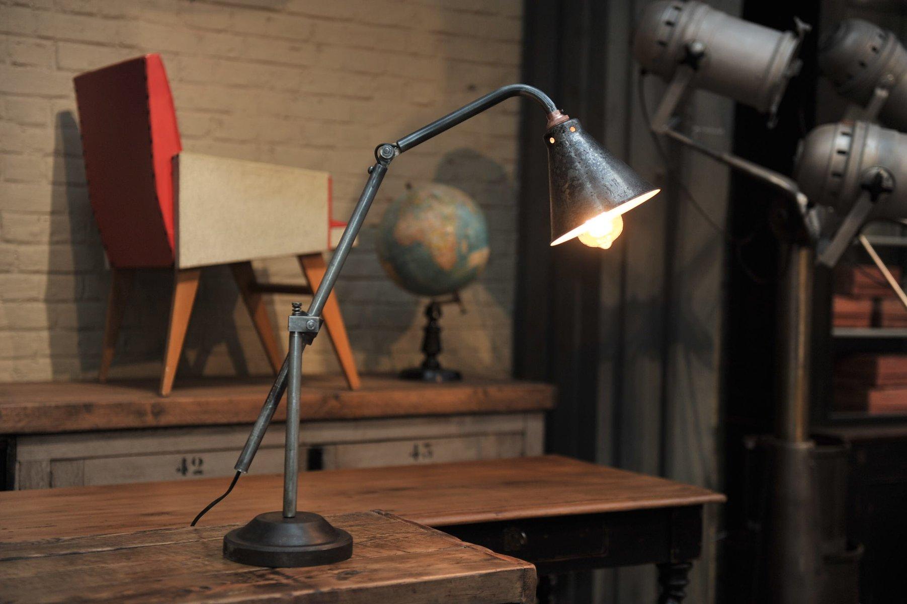 lampe de bureau articul e industrielle france 1930s en. Black Bedroom Furniture Sets. Home Design Ideas