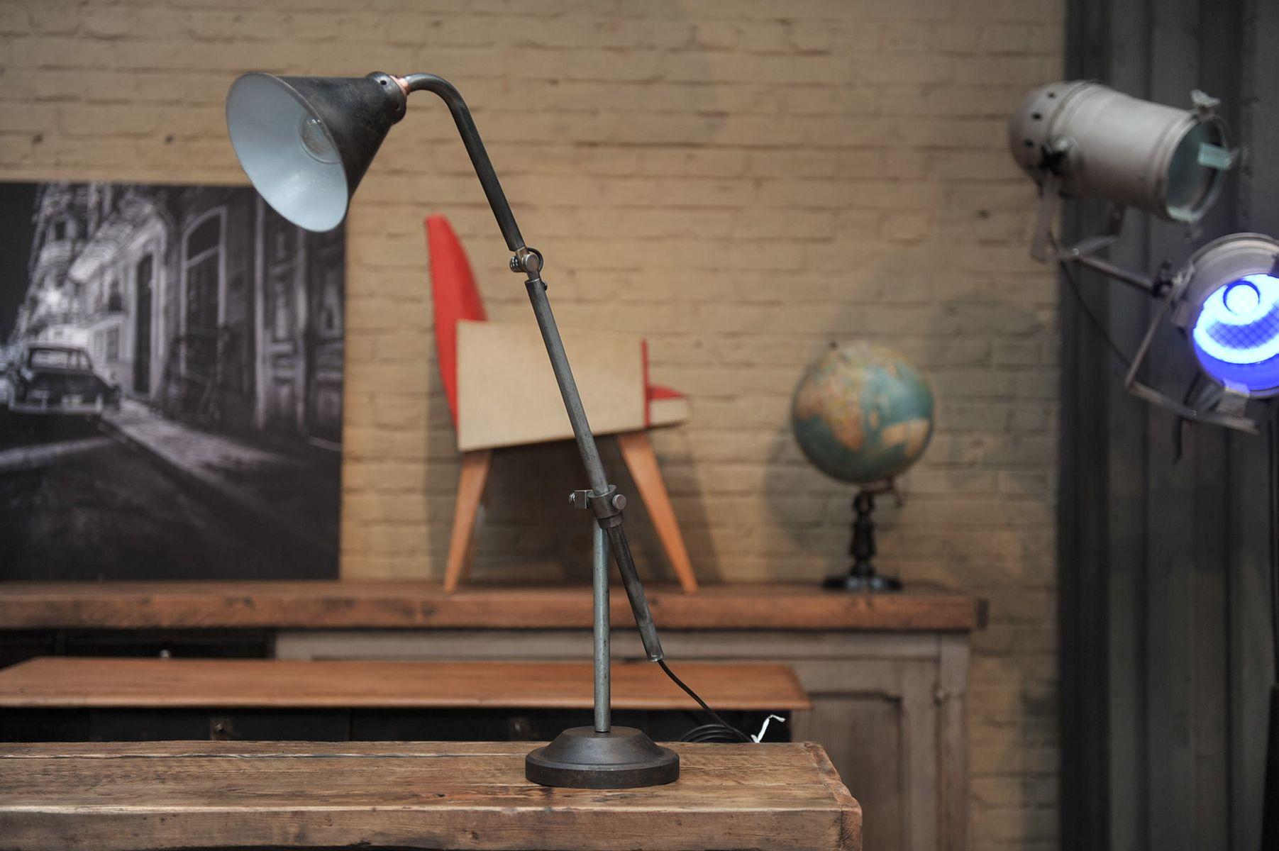lampe de bureau articul e industrielle france 1930s en vente sur pamono. Black Bedroom Furniture Sets. Home Design Ideas