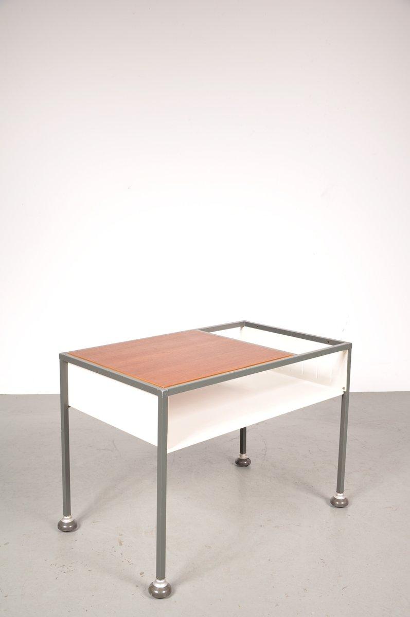 industrieller vintage tisch auf rollen aus teakholz metall von tomado bei pamono kaufen. Black Bedroom Furniture Sets. Home Design Ideas