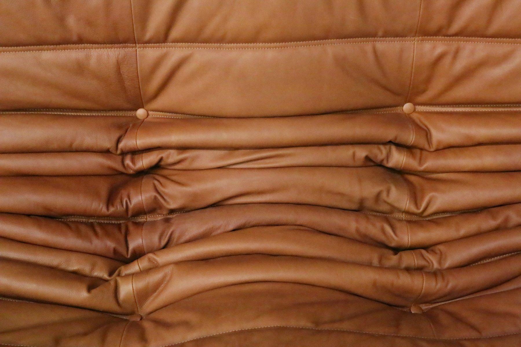 vintage togo set aus cognacfarbenen leder von michel ducaroy f r ligne roset bei pamono kaufen. Black Bedroom Furniture Sets. Home Design Ideas