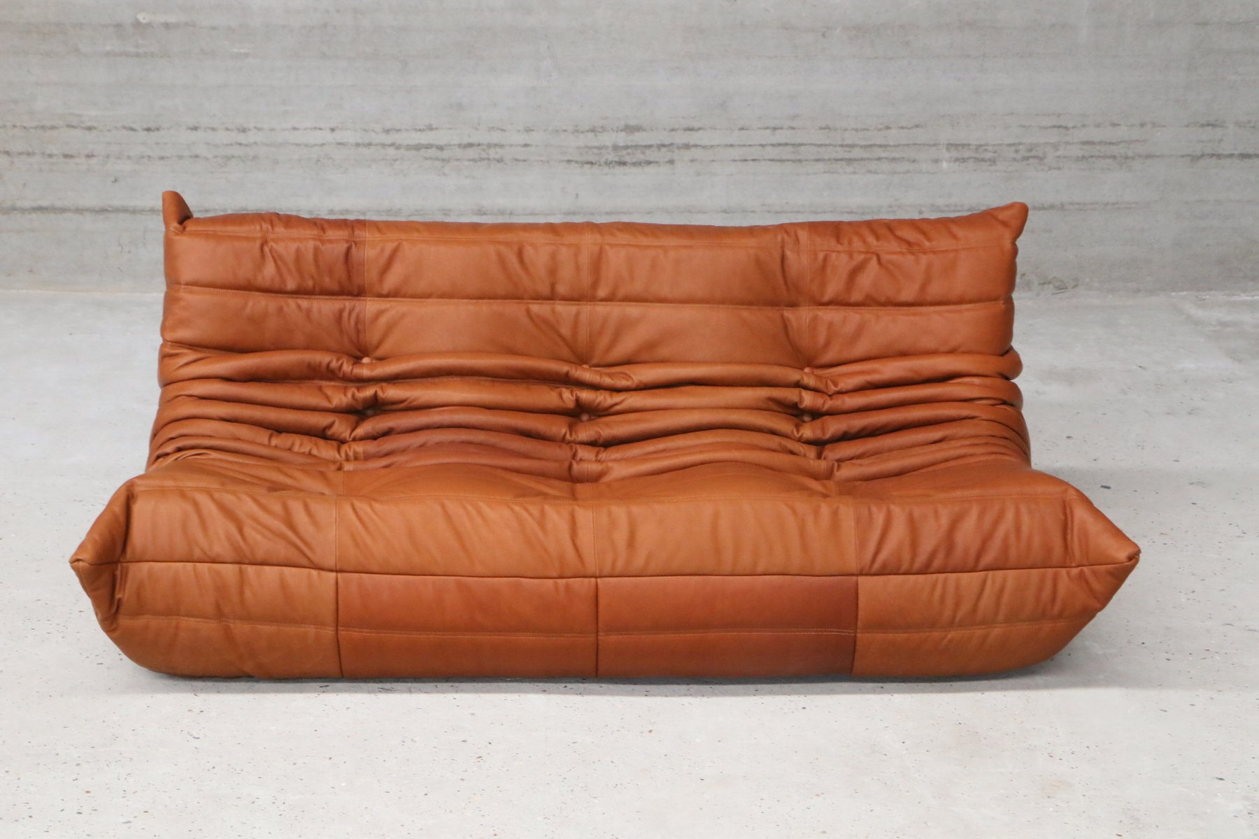 Vintage cognac leather togo set by michel ducaroy for - Maison du monde canape cuir ...
