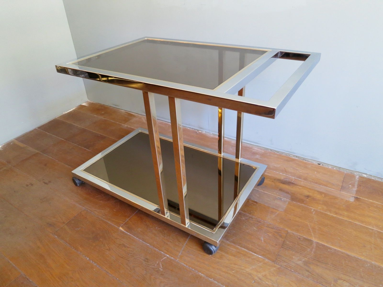 Vintage belgian brass and chrome bar cart for sale at pamono for Beistelltisch vintage