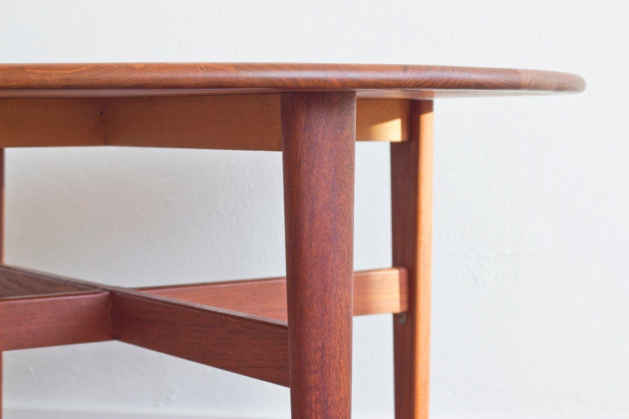 skandinavischer runder couchtisch aus teakholz bei pamono kaufen. Black Bedroom Furniture Sets. Home Design Ideas