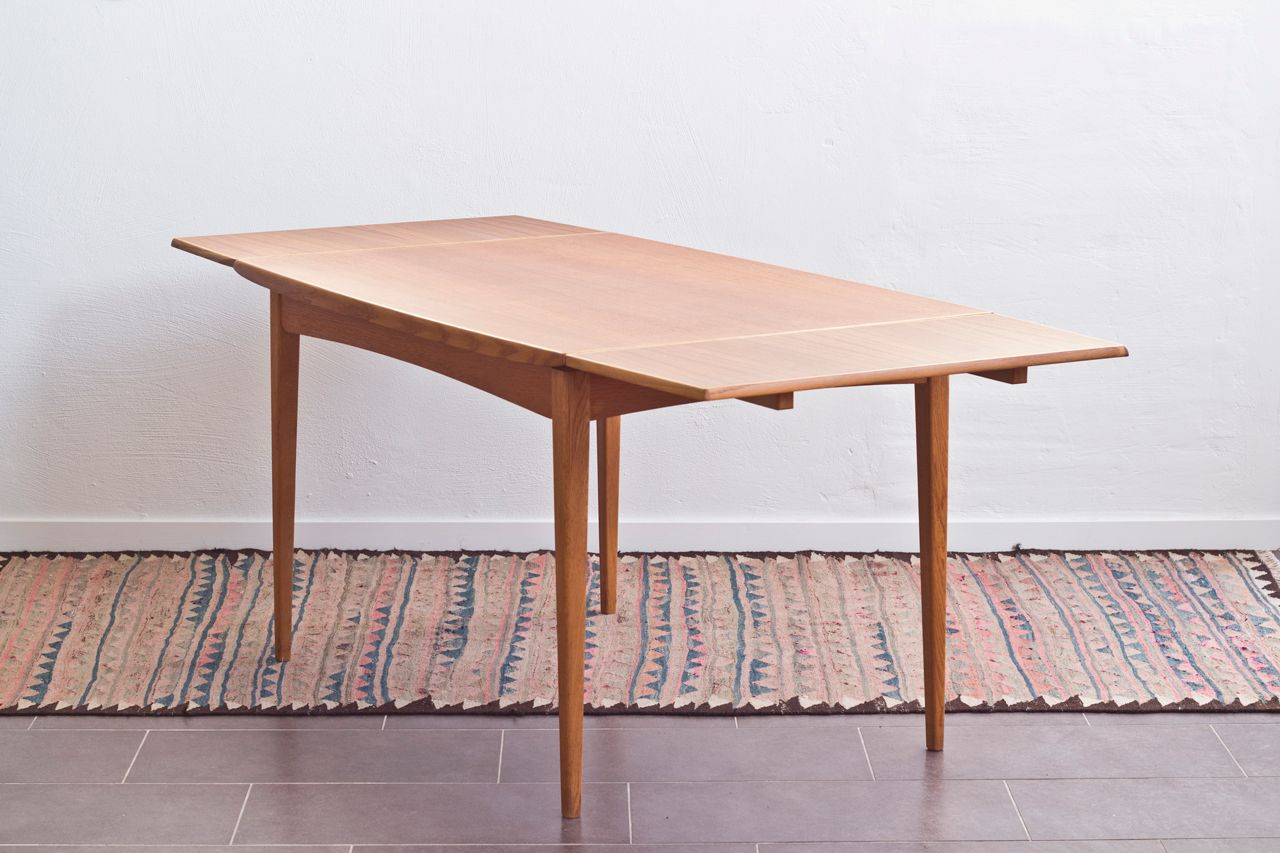 Grande table de salle manger scandinave en teck en vente for Grande table de salle a manger