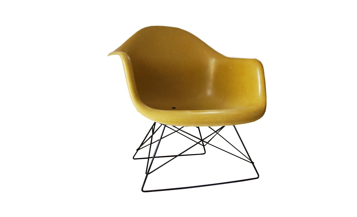 vintage lar side chair by charles and ray eames for herman. Black Bedroom Furniture Sets. Home Design Ideas