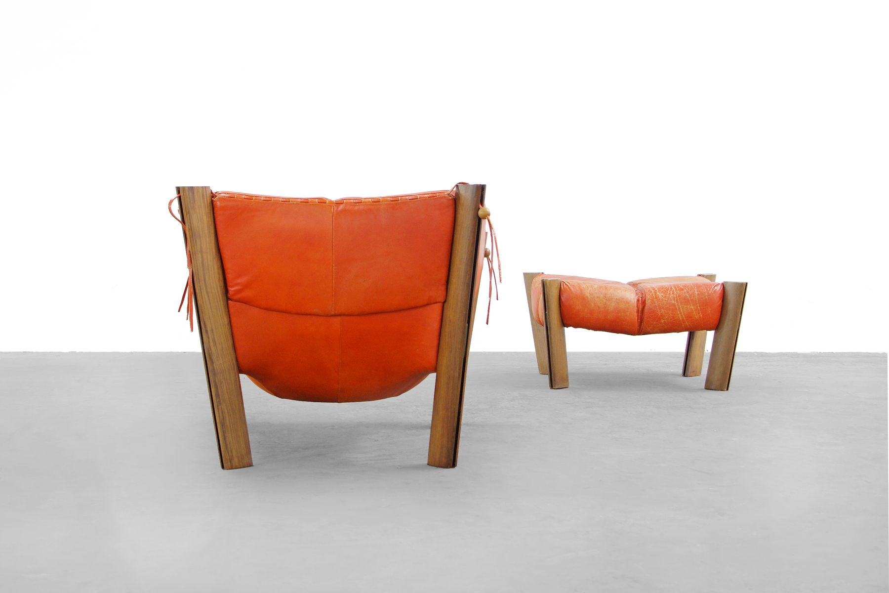 MP 211 Lounge Chair and Ottoman by Percival Lafer 1974 for sale at Pamono