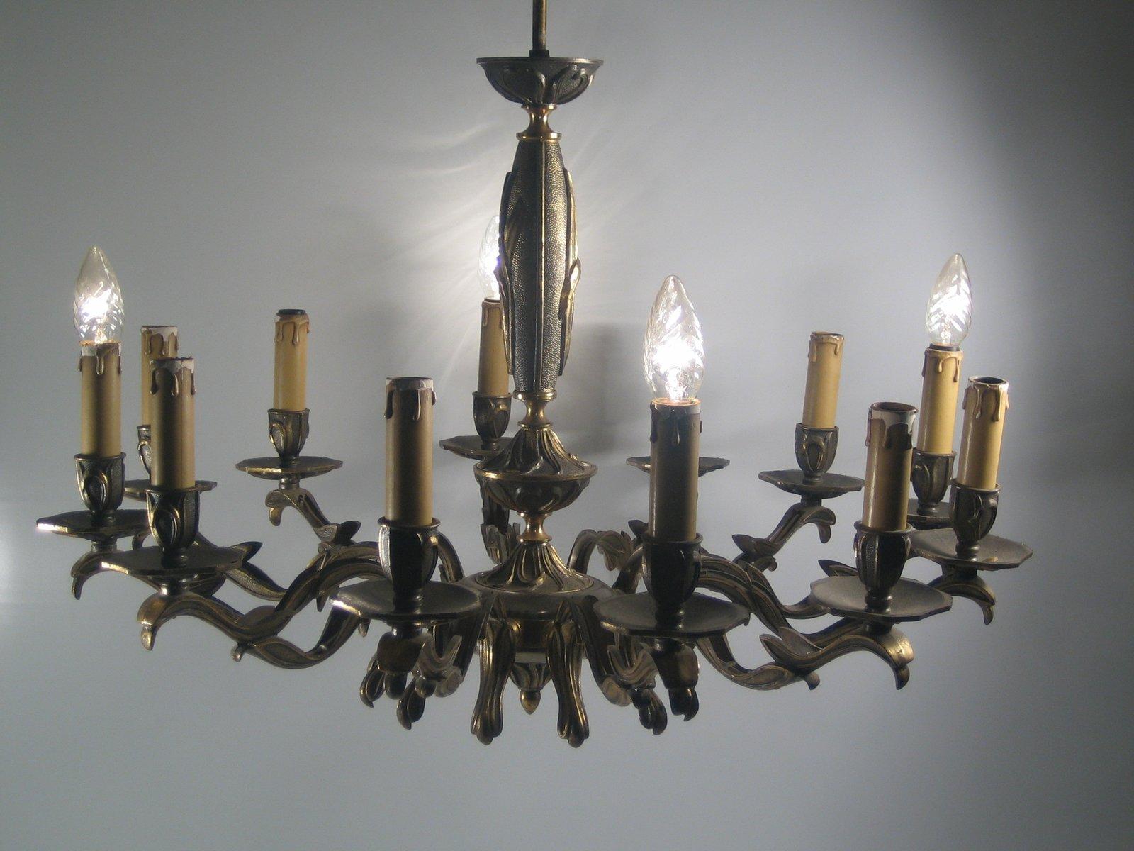 Grand lustre 12 branches en laiton 1940s en vente sur pamono - Grand lustre industriel ...