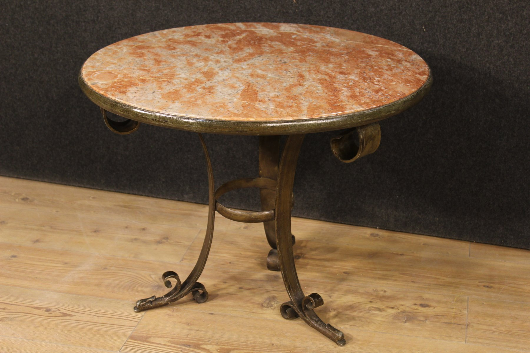 Italian Art Deco Marble Coffee Table for sale at Pamono