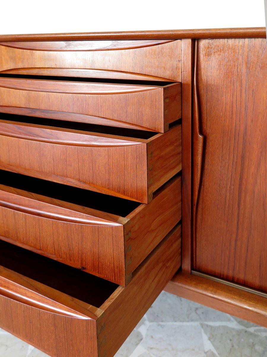 vintage danish teak sideboard by arne vodder for sale at pamono. Black Bedroom Furniture Sets. Home Design Ideas