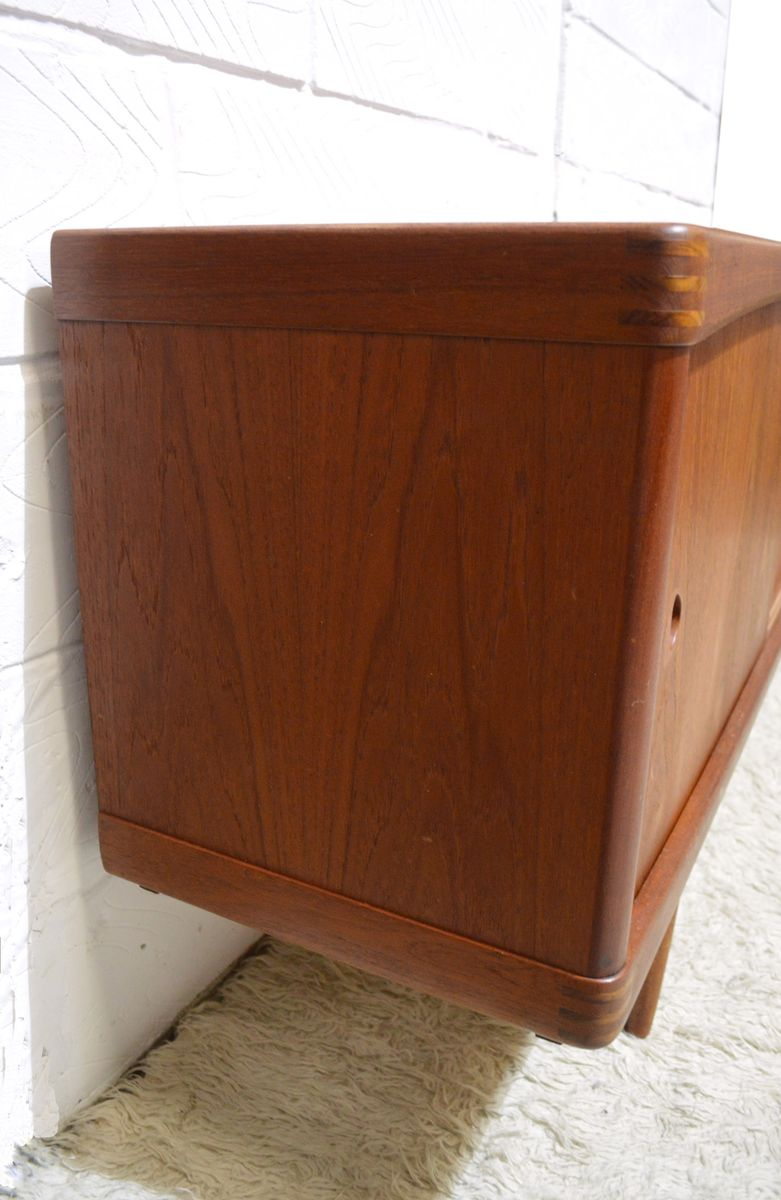 mid century solid teak sideboard by h w klein for bramin. Black Bedroom Furniture Sets. Home Design Ideas