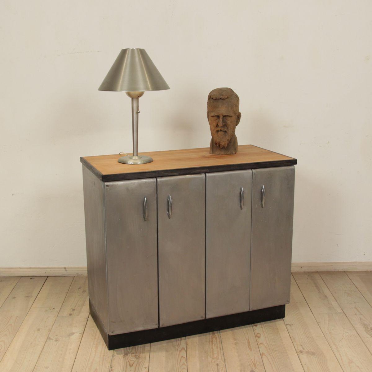 italienisches sideboard aus kirschholz metall 1950er. Black Bedroom Furniture Sets. Home Design Ideas