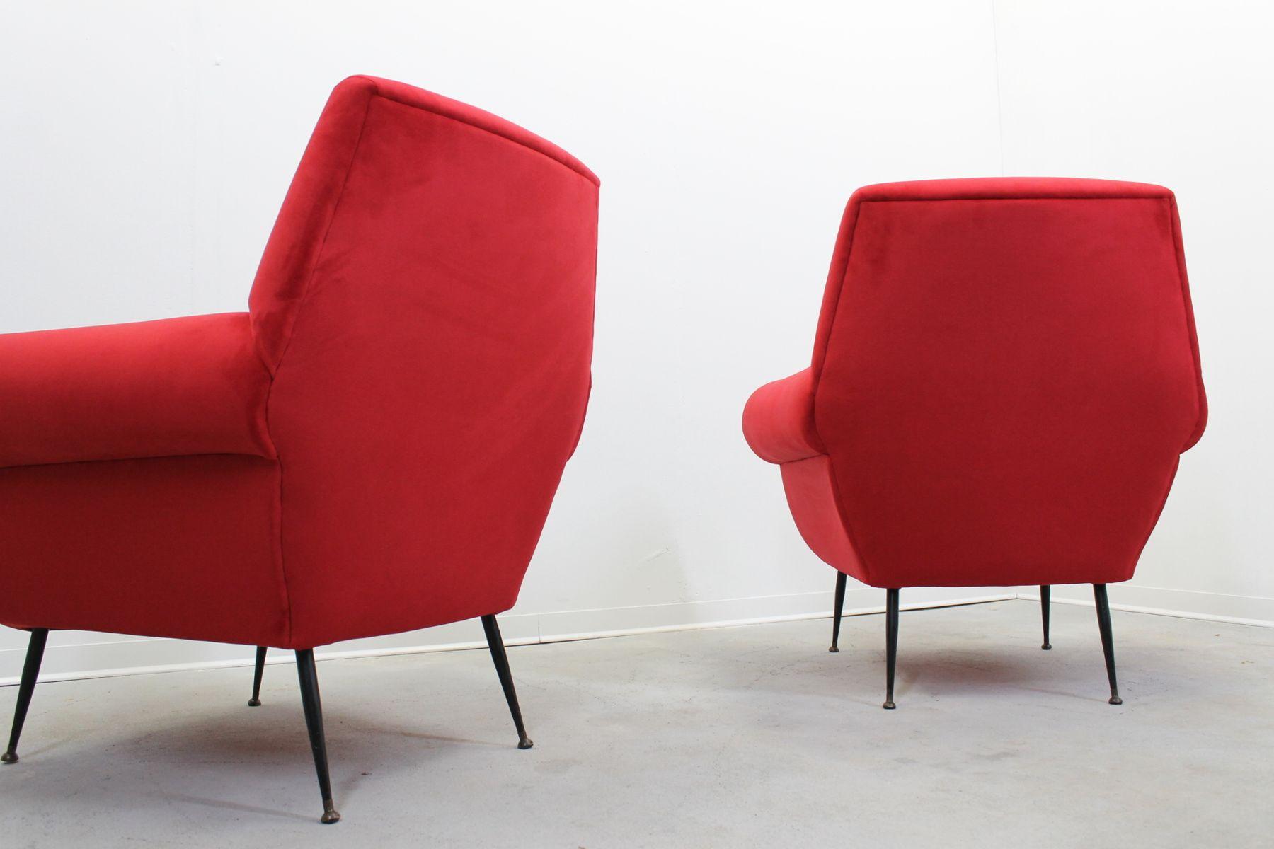 Italienische vintage sessel aus rotem samt von gigi radice for Italienische sessel design