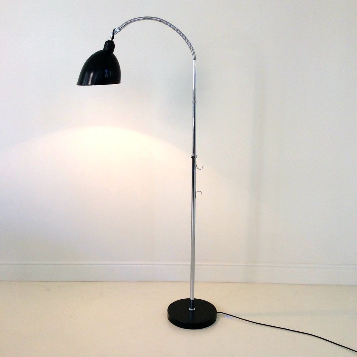 swiss bauhaus floor lamp by christian dell for belmag 1920s for sale at pamono. Black Bedroom Furniture Sets. Home Design Ideas