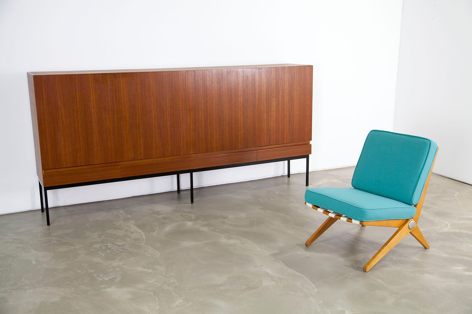 mid century b60 teak highboard by dieter waeckerlin for behr m bel 1958 for sale at pamono. Black Bedroom Furniture Sets. Home Design Ideas