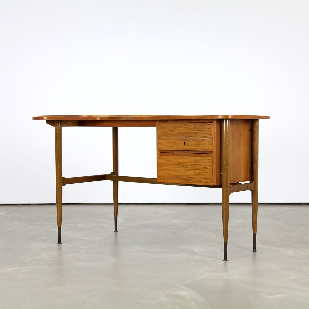 Mid Century L Shaped Walnut Desk 1960s For Sale At Pamono
