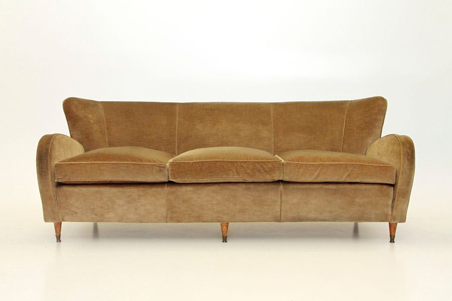 italienisches mid century sofa aus ockerfarbenen samt 1940er bei pamono kaufen. Black Bedroom Furniture Sets. Home Design Ideas