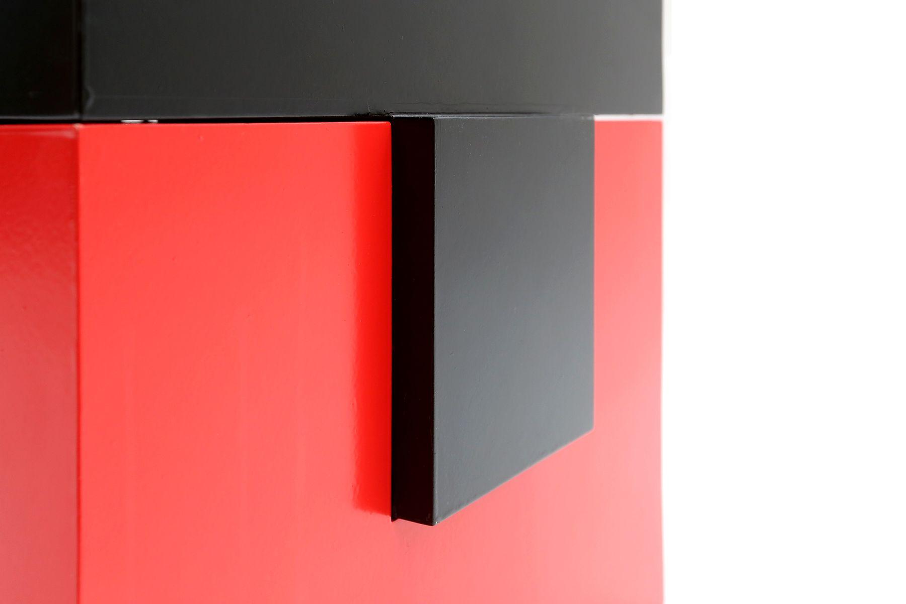 vintage beistelltisch in rot schwarz bei pamono kaufen. Black Bedroom Furniture Sets. Home Design Ideas