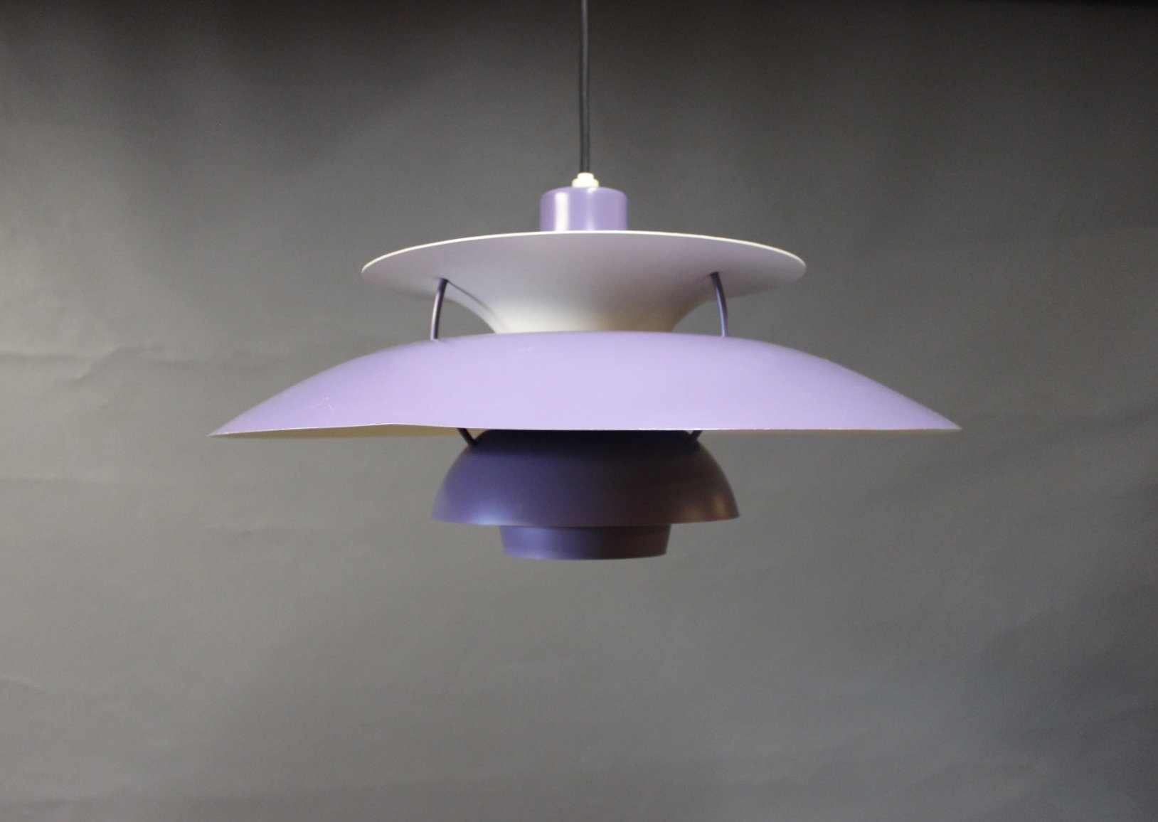 purple ph5 pendant by poul henningsen for louis poulsen 1970s for sale at pamono. Black Bedroom Furniture Sets. Home Design Ideas