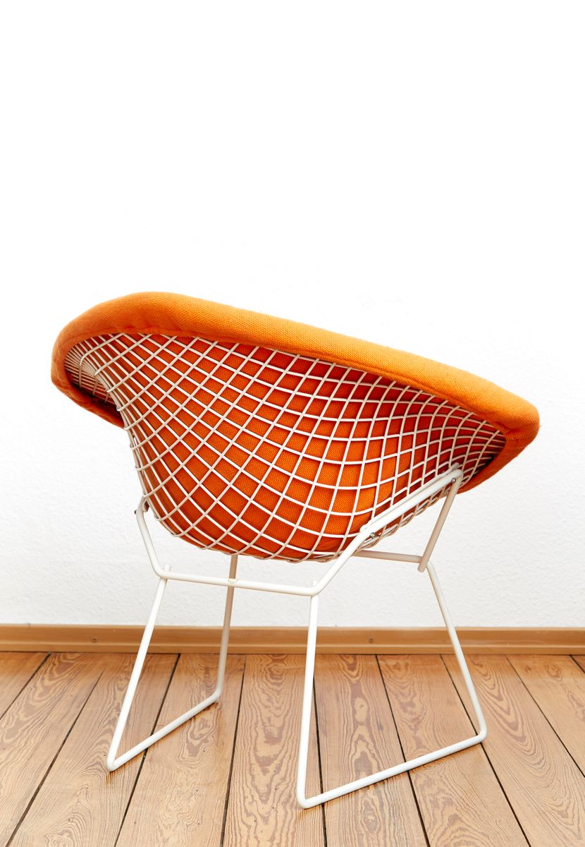 diamond chair no 421 by harry bertoia for knoll. Black Bedroom Furniture Sets. Home Design Ideas
