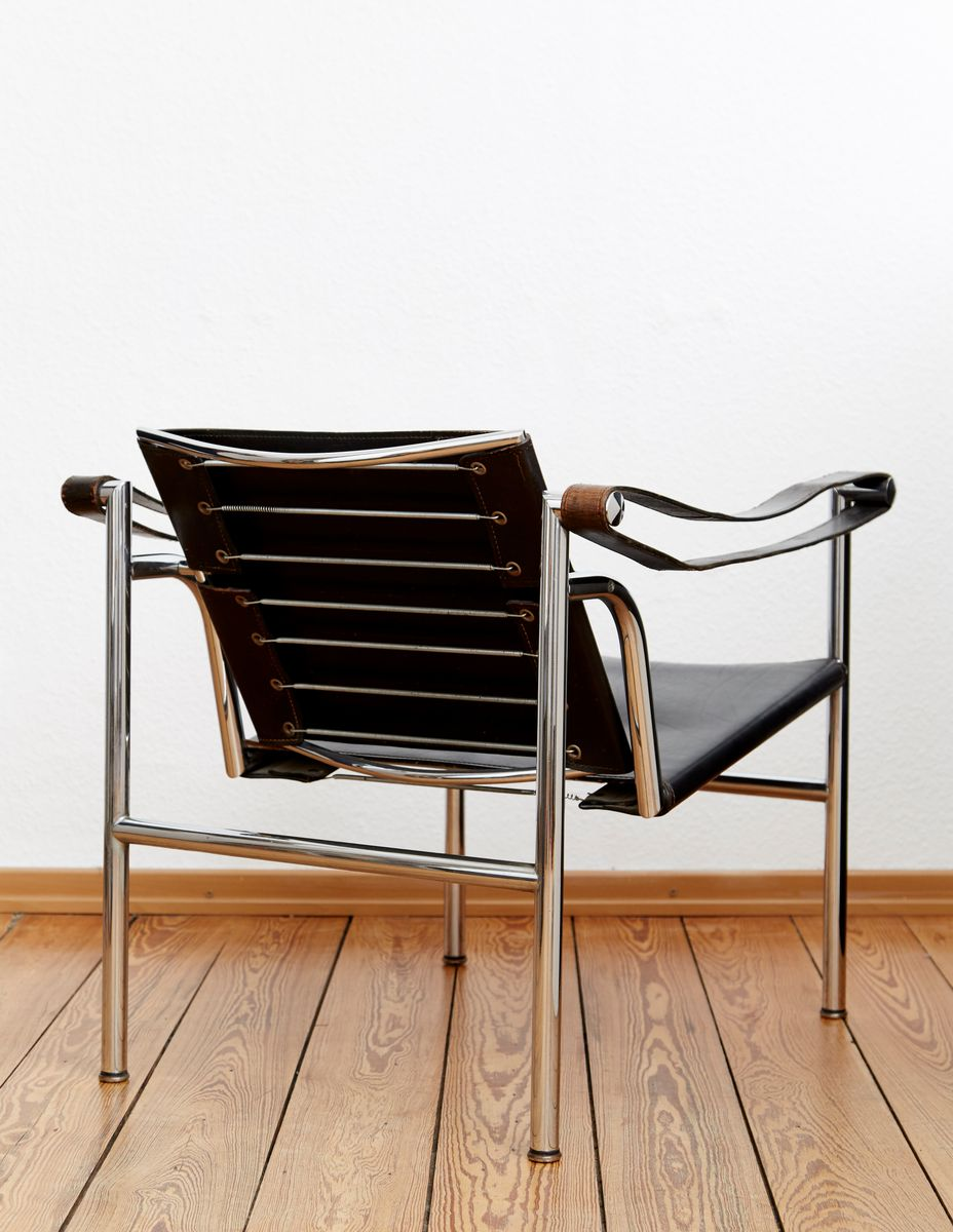 Lc1 armchair by le corbusier for cassina for sale at pamono - Chaise lc1 le corbusier ...