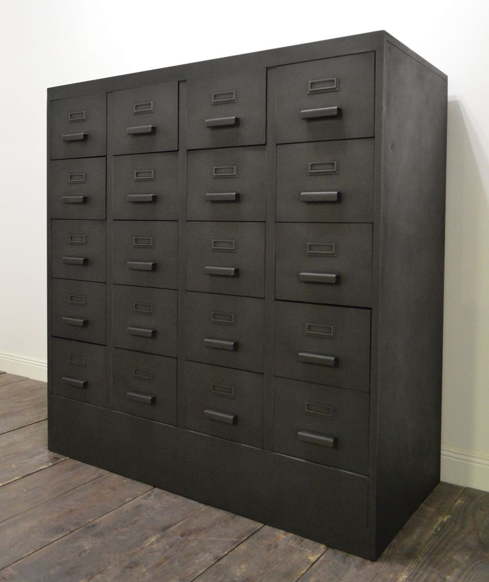 meuble de rangement vintage industriel de strafor en vente sur pamono. Black Bedroom Furniture Sets. Home Design Ideas