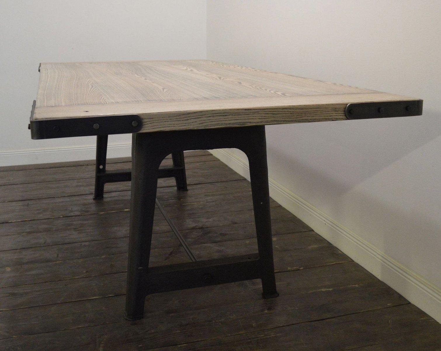 Gro er industrieller esstisch aus eschenholz bei pamono kaufen for Grosser esstisch