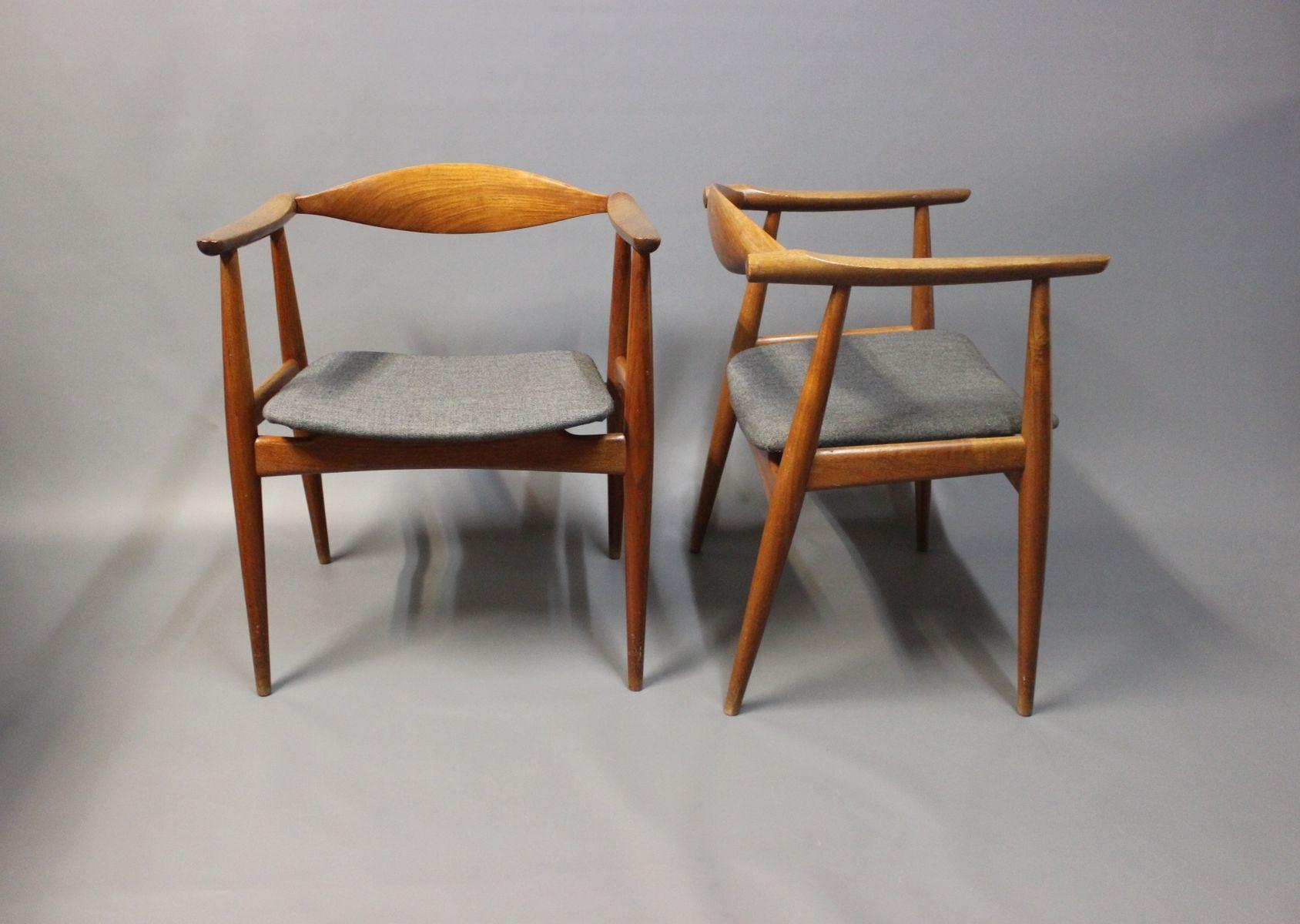 ch 35 st hle von hans j wegner f r carl hansen s n 1960er 2er set bei pamono kaufen. Black Bedroom Furniture Sets. Home Design Ideas