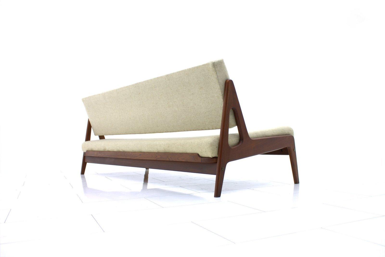 d nisches teak sofa von arne wahl iversen 1960er bei. Black Bedroom Furniture Sets. Home Design Ideas
