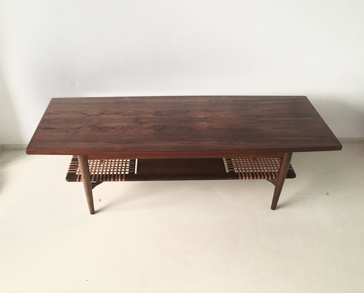 Mid century danish rosewood coffee table for sale at pamono Mid century coffee tables
