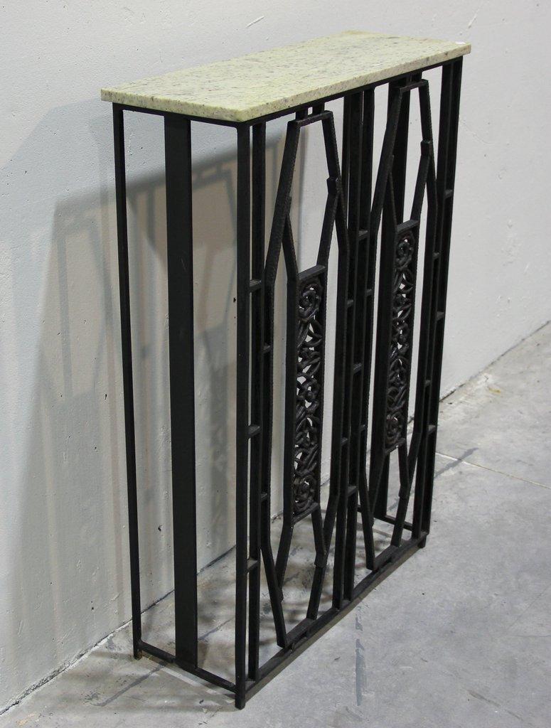table console ou cache radiateur art d co france en vente. Black Bedroom Furniture Sets. Home Design Ideas