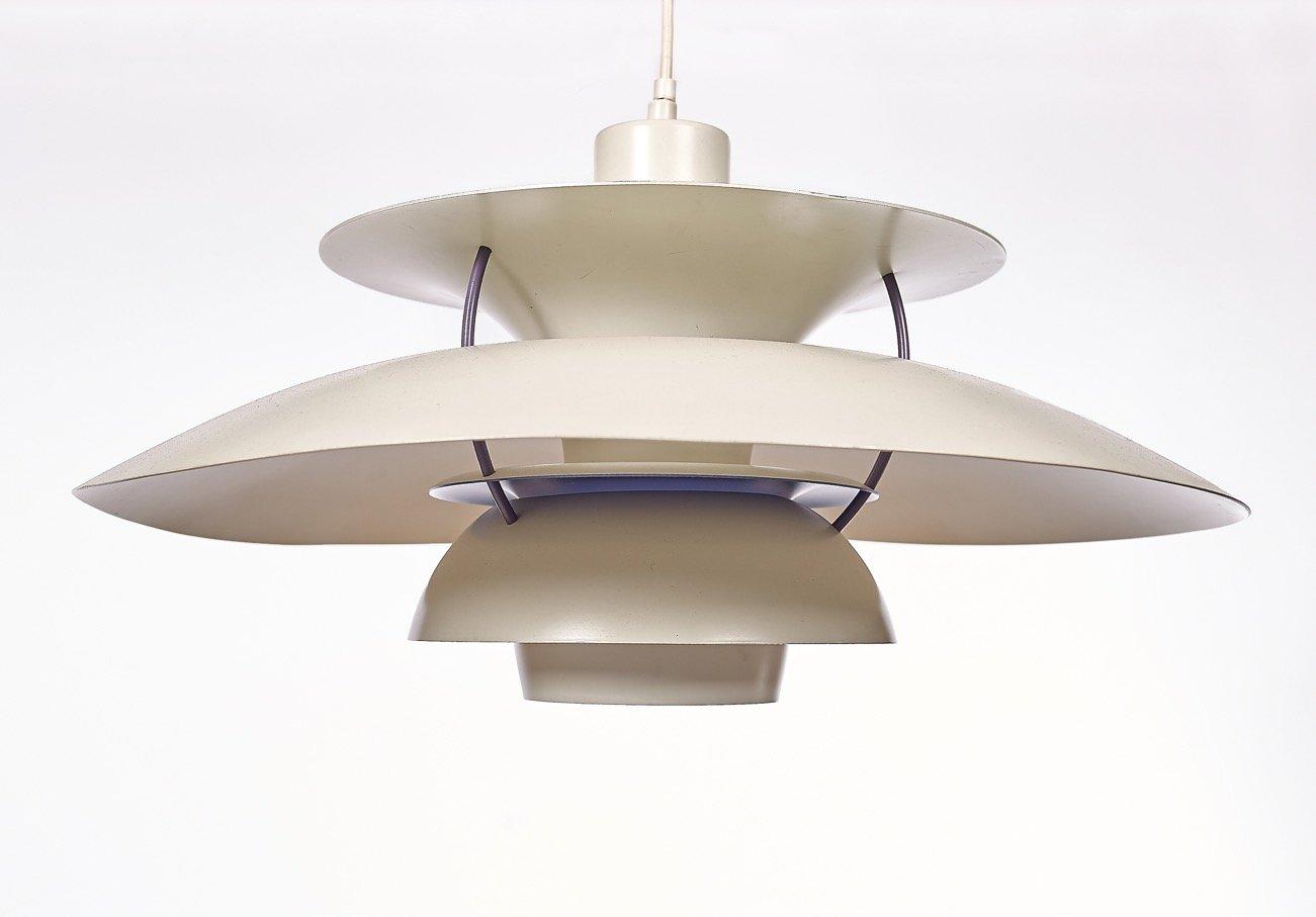 lampe suspension ph5 vintage par poul henningsen pour louis poulsen en vente sur pamono. Black Bedroom Furniture Sets. Home Design Ideas